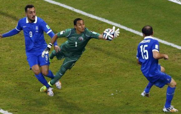 Keylor Navas es duda en Costa Rica ante Holanda por cuartos