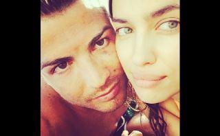 Cristiano Ronaldo amoroso: así posó con Irina Shayk