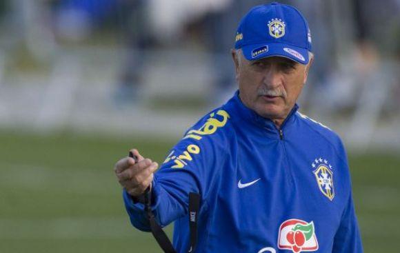 Luiz Felipe Scolari no revela quién sustituirá a Neymar