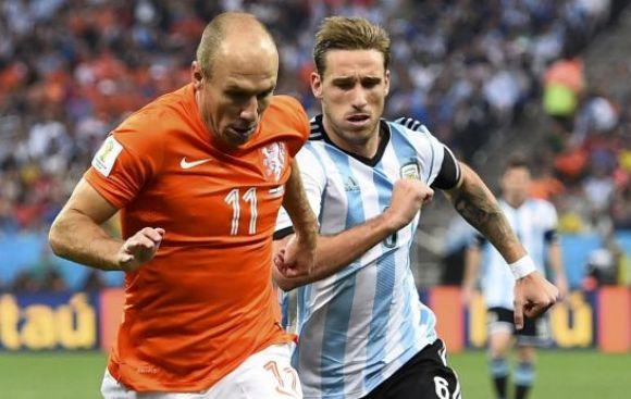 Argentina finalista: ganó 4-2 a Holanda en los penales