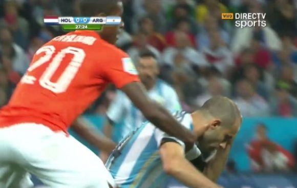 Holanda vs. Argentina: Mascherano y el golpe que asustó a todos