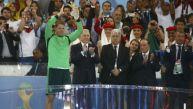 Neuer ganó 'Guante de Oro' y es el mejor arquero del mundial