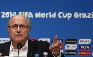 """Blatter cree que sanción a Luis Suárez fue """"muy severa"""""""