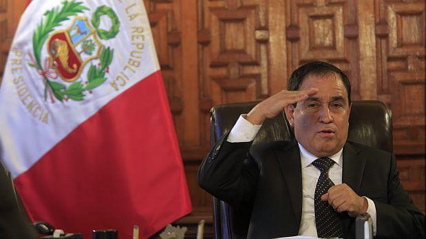 """Otárola advirtió que el Congreso """"no puede fraccionarse más"""""""