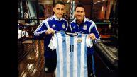 Plantel argentino le regaló camiseta firmada al papa Francisco