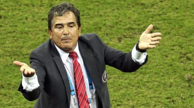 Pinto pone condiciones para seguir dirigiendo a Costa Rica