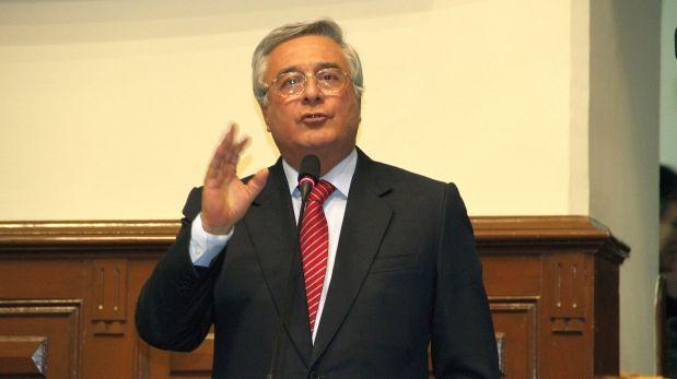 Javier Bedoya es el candidato de la oposición en el Parlamento
