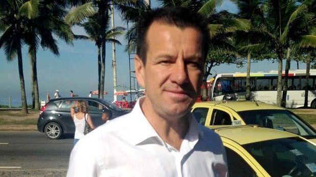 Dunga sería presentado el martes como nuevo técnico de Brasil