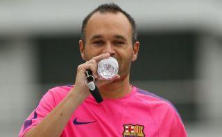 Barcelona necesita jugar como lo hacía en 2008, dice Iniesta