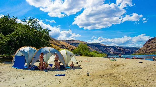 ¿Campamento en la playa? Toma en cuenta estos consejos