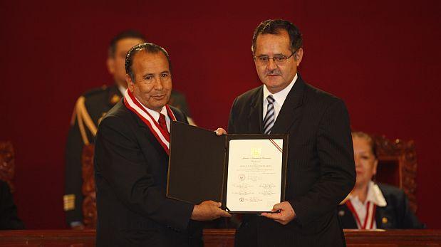 La moral política por los suelos, por Juan Paredes Castro