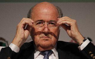 """Blatter a sus rivales: """"No hablen, salgan y luchen, ya verán"""""""