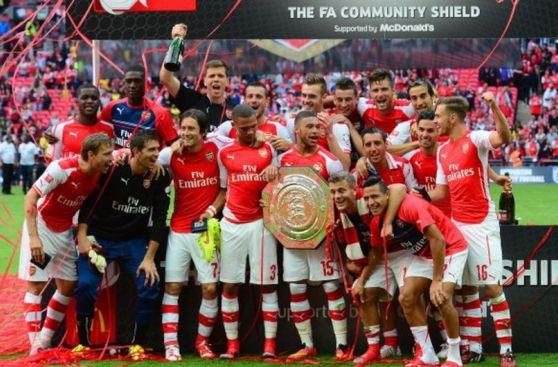 Alegría y emoción: Arsenal festejó título de Community Shield