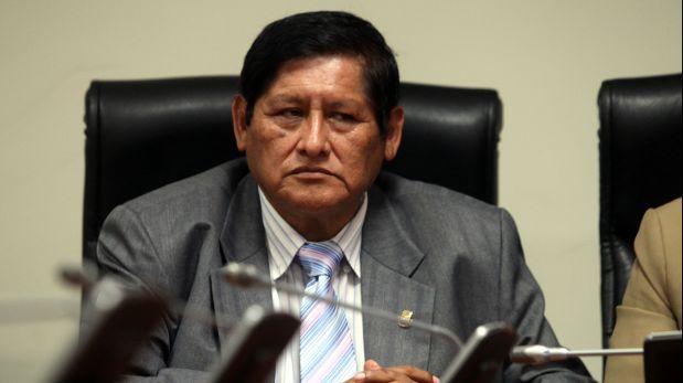 Juan Pari condiciona nuevamente diálogo con Ana Jara