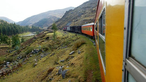 Empresas chinas se interesan en el tren que unirá Brasil y Perú