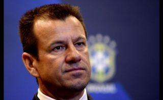 Dunga presentó su primera convocatoria como técnico de Brasil