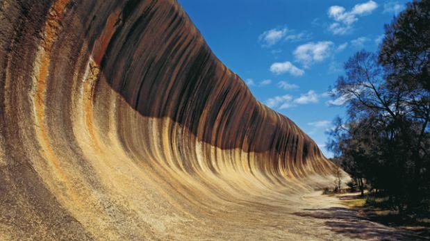 ¿Imaginas surfear en esta ola? Mira este atractivo australiano
