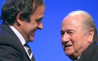 Platini no desafiará a Blatter en elecciones de la FIFA de 2015