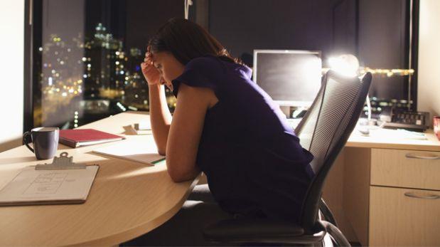 Cinco motivos por los que se aprovechan de ti en la oficina