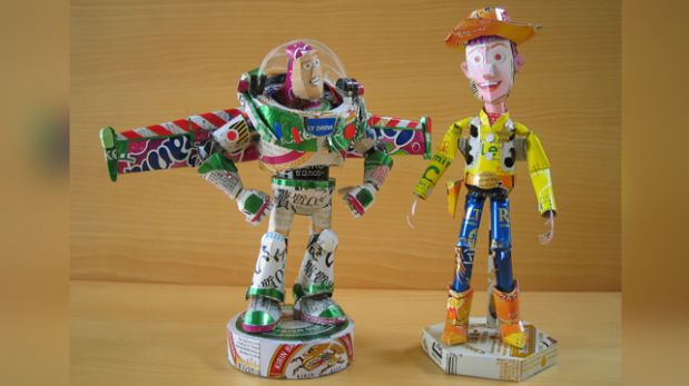 Artista japonés crea sorprendentes esculturas con latas vacías