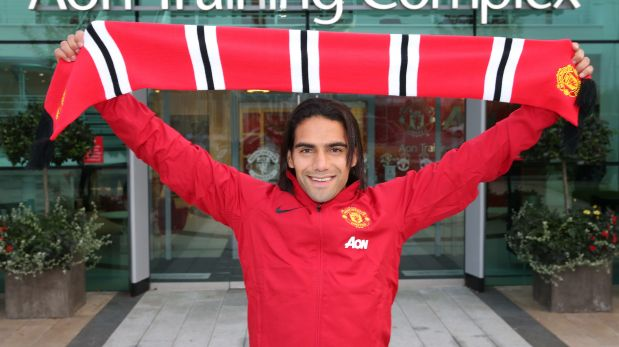"Falcao: ""Gracias Dios, oficialmente jugador del Manchester"""