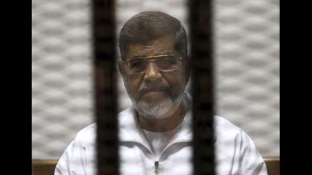 Egipto juzgará al ex presidente Mursi por revelar secretos