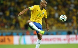 Maicon fue separado de Brasil por problemas internos