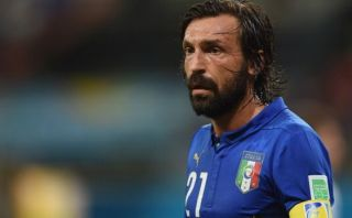 Andrea Pirlo seguirá jugando en la selección italiana