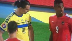 ¿Intocable? Ibrahimovic miró extrañamente a rival que lo marcó