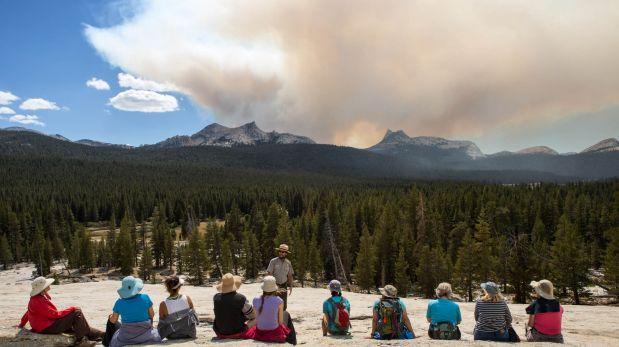 Incendio forestal continúa en el Parque Nacional Yosemite