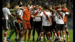 River Plate goleó 4-1 a Independiente y domina en Argentina