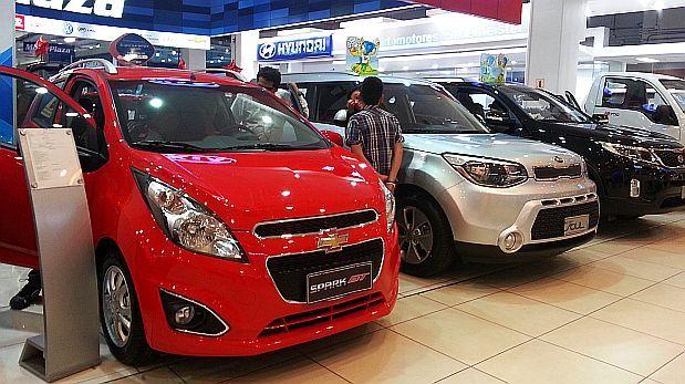 Venta de vehículos nuevos caería 5% por menor inversión privada