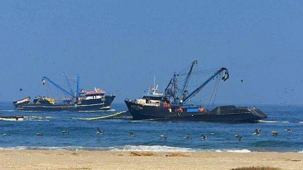 Editorial: Pescando contradicciones