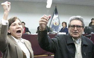 Esposa de terrorista Abimael Guzmán exige visitas conyugales