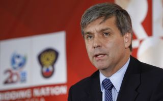 Chileno Mayne-Nicholls considera postular a presidencia de FIFA