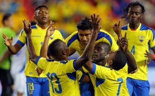 Ecuador goleó 5-1 a El Salvador en despedida de Iván Hurtado
