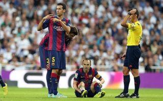 Andrés Iniesta sufrió rotura muscular en caída ante Real Madrid