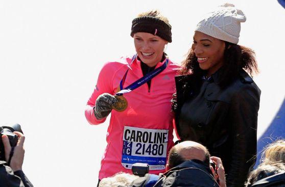 Caroline Wozniacki corrió Maratón de New York y llegó a la meta