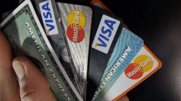 Congreso discutirá si elimina cobro por membresía de tarjetas