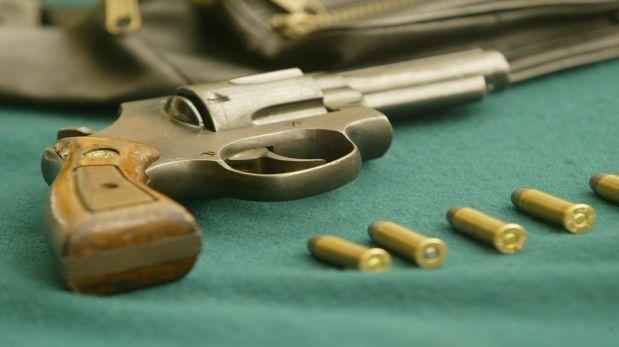 Este año se han emitido casi 12 mil licencias para portar armas