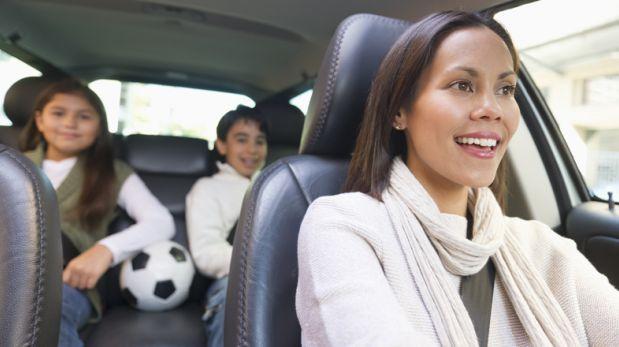 ¿Hijos inquietos? Estas actividades los divertirán en el auto
