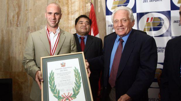 Así ocurrió: En 2008 Luis Horna recibe los Laureles Deportivos