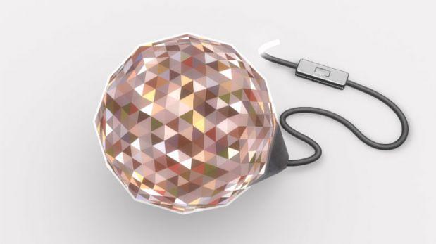 La Dazzle Lamp te permite personalizar la lámpara con tus fotos
