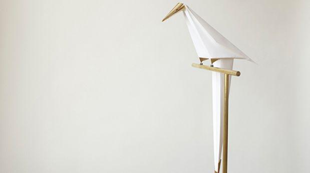 Perch Lamp, una lámpara inspirada en un pájaro de papel