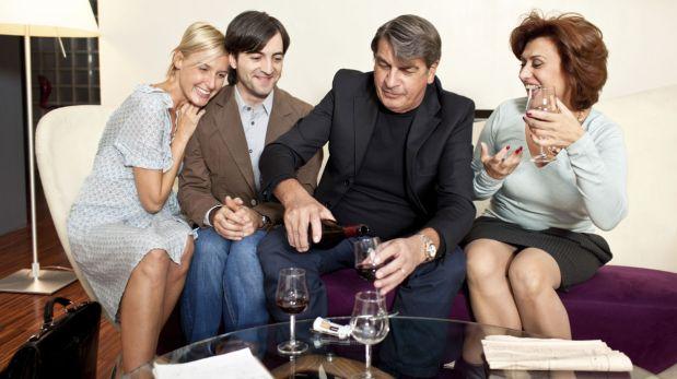 ¿Cómo hacer que tus padres y tu pareja se lleven bien?