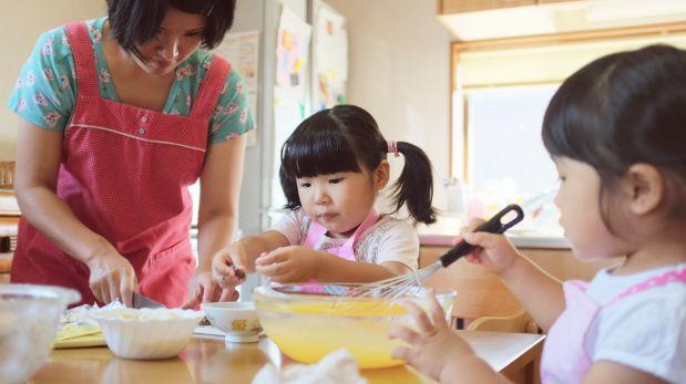 ¿Cómo hacer que los niños coman mejor? Con clases de cocina