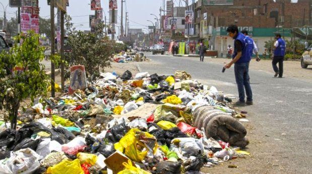 Comas: Digesa obligará a alcalde a recoger la basura acumulada