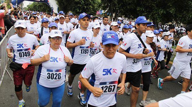 Más de 2 mil personas corren en contra de la discriminación