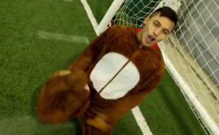 Saludo de Navidad del Arsenal y Alexis Sánchez se viste de reno