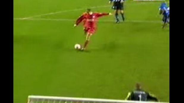 Steven Gerrard y su primer gol con la camiseta del Liverpool